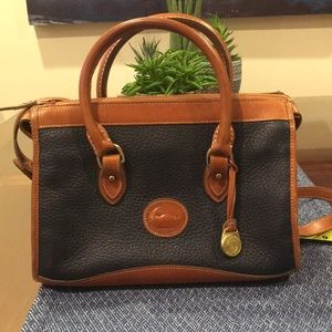 Dooney & Burke vintage purse - Navy / brown trim